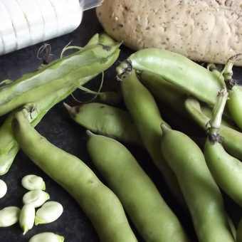 Bruschetta met geitenkaas en tuinbonen_2