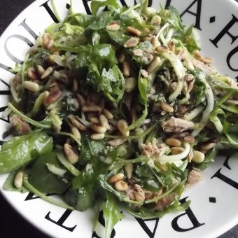 Courgetti met pittige tonijn