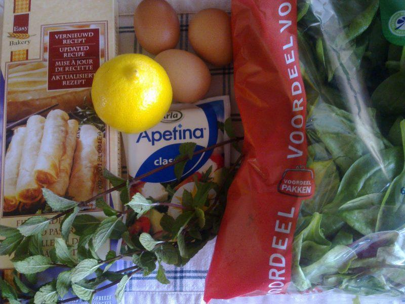 pasteitjes met spinazie en feta