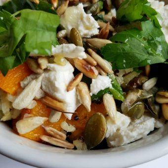 Salade met granen en pompoen