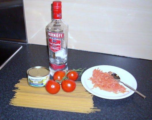 spaghetti al granchio e salmone