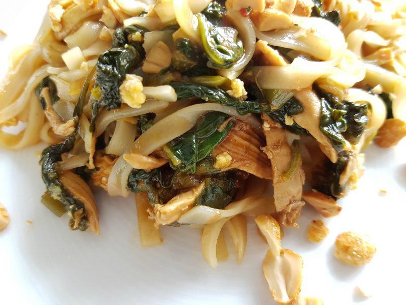 Pad Thai met spinazie